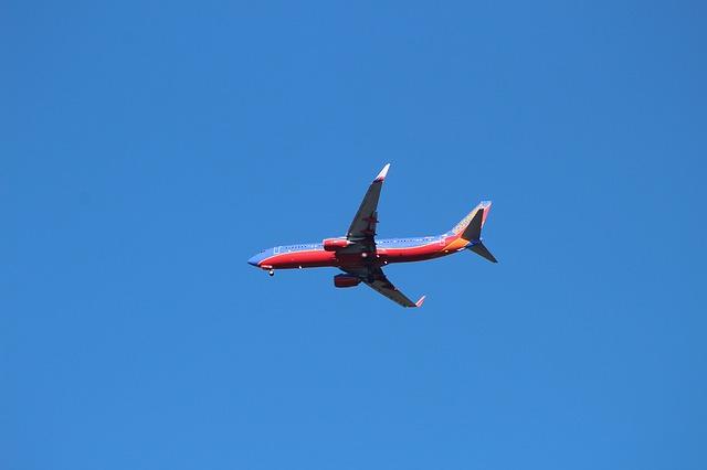 letadlo na obloze