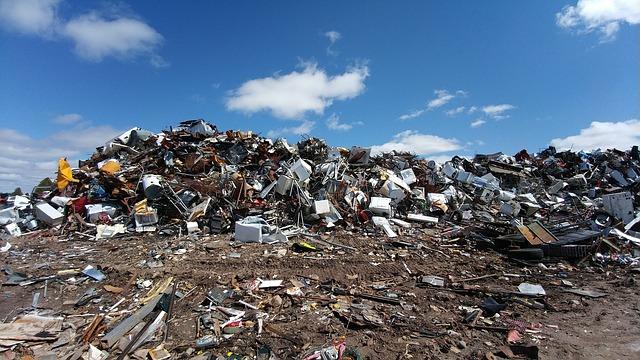 hromada na smetišti